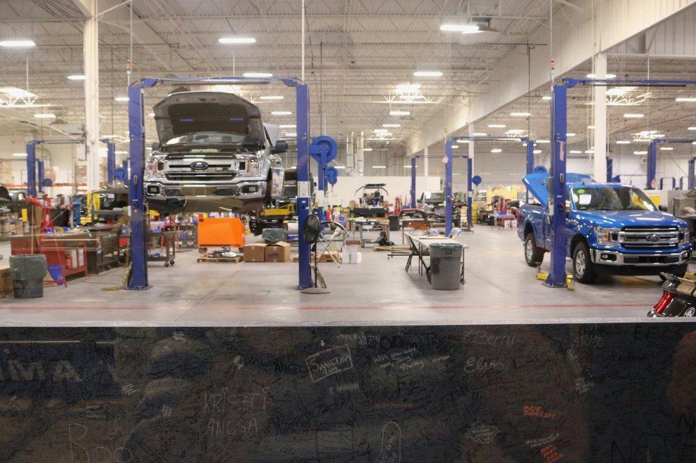 Lad et professionelt autoværksted reparere din bil
